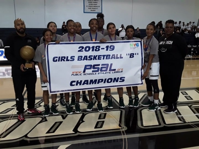 Lady Jets Banner win
